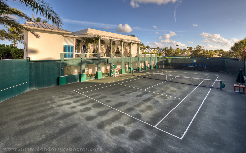 1-continuum-south-beach-tennis-courts-continuum-south-beach-north-tower
